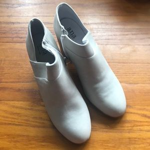 Women's Anna booties all men's material size 10 M
